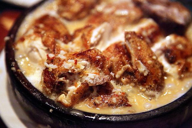Shkmeruli: Try chicken in garlic sauce