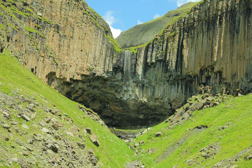 waterfall mna chubinidze